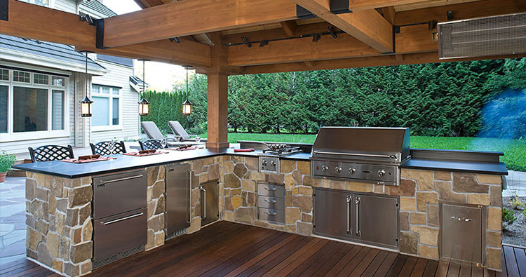 outdoor kitchen landscaping hardscaping design and construction by urban oasis llc near seattle bellevue wa