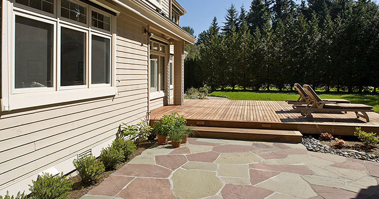 deck with ironwood hardscaping and lanscaping design and construction near seattle bellevue wa