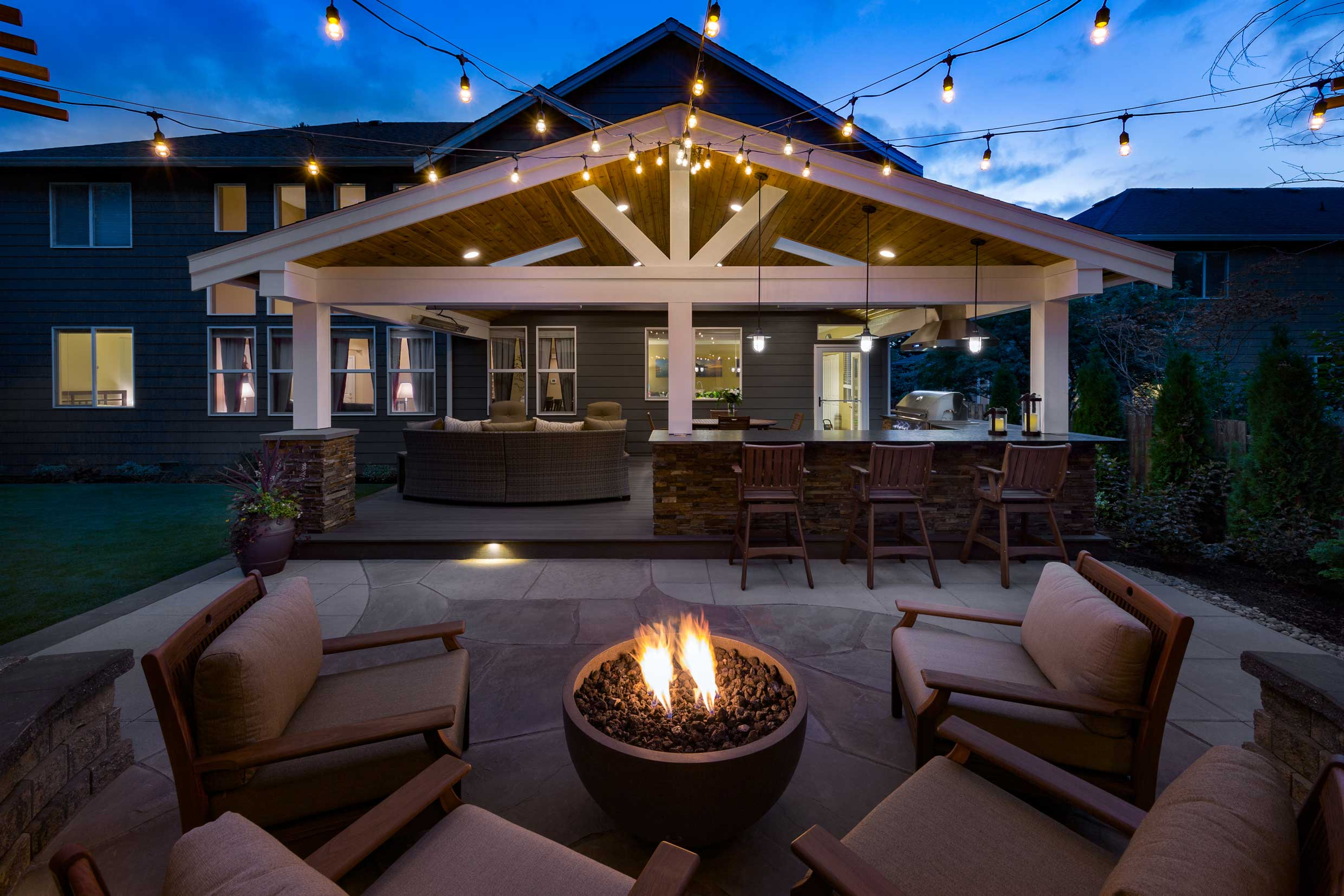 Backyard For Entertaining Sammamish Washington