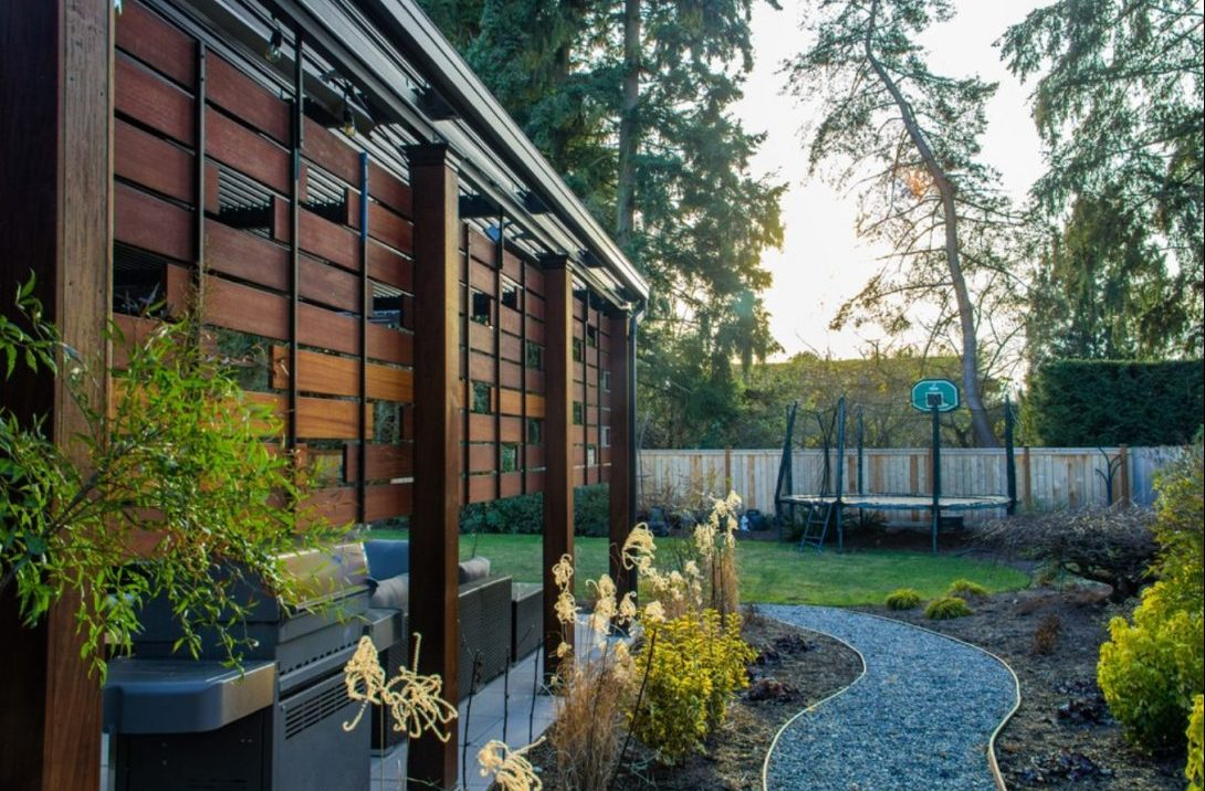 Bellevue Modern Outdoor Living